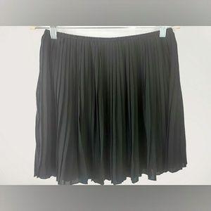 Frenchi Black Pleated Mini Skirt